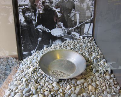 gold pan klondike historical museum
