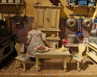austria vienna doll museum spielzug