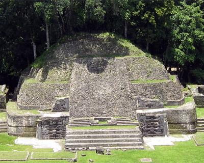 belize caracol maya ruins