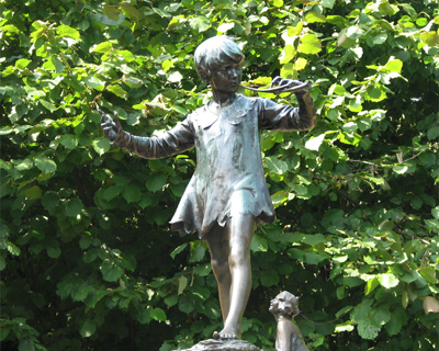 peter pan statue kensington gardens