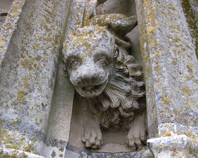 sculpture north tower chartres cathedral