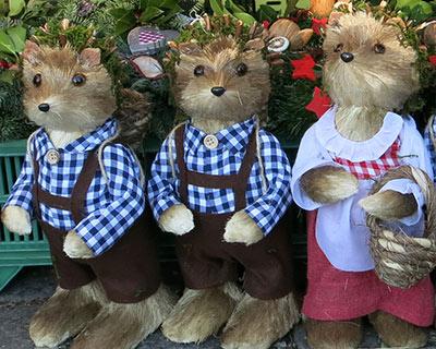 viktualienmarkt christmas forest creatures