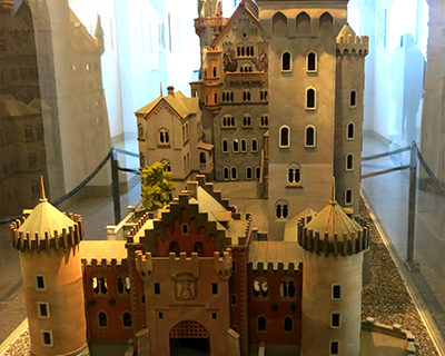 scale model neuschwanstein castle