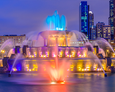 chicago buckingham fountain water and light show