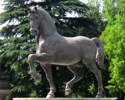 milan bronze horse da vinci