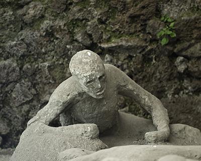 plaster cast victim vesuvius eruption
