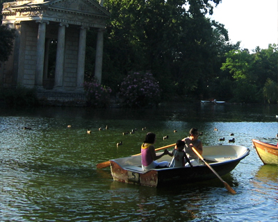 boating borghese gardens