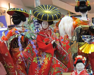 traditional dolls at yoshitoku tokyo