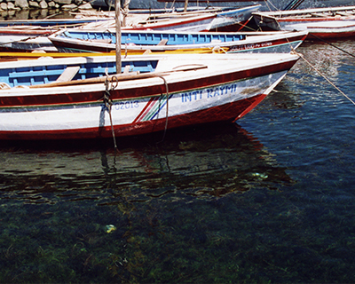 isla taquile boats