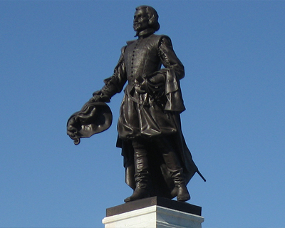 quebec city samuel champlain statue