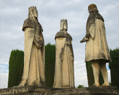 alcazar reyes cristianos statues columbus isabella ferdinand cordoba