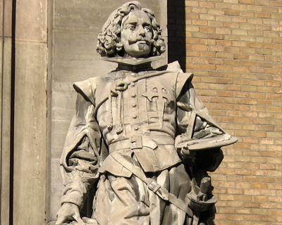 madrid statue velazquez