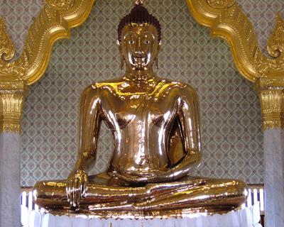bangkok solid gold buddha wat traimit