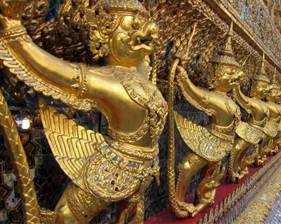 emerald buddha chapel garuda birds bangkok
