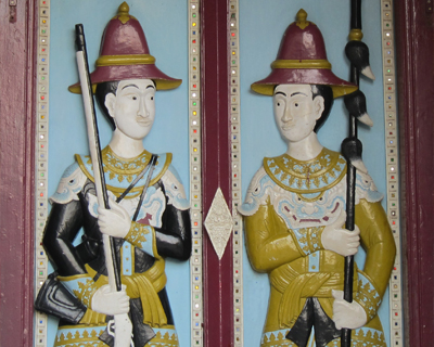 bangkok grand palace wooden soliders