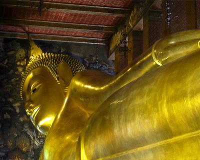 bangkok wat pho reclining buddha