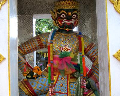 thailand wat doi suthep guardian diant