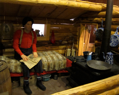 re-creation miners cabin dawson city museum yukon